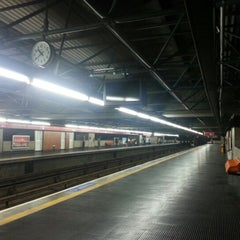 Photo taken at Estação Pedro II (Metrô) by Rogério C. on 2/2/2013