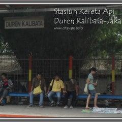 Photo taken at Stasiun Duren Kalibata by Diana S. on 8/21/2014