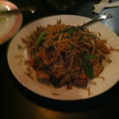 Photo taken at Tottie's Asian Fusion by Big Daddy Kane on 2/28/2013