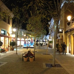 Photo taken at Las Rozas Village by Oliver M. on 11/29/2012