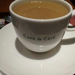 Photo taken at CAFÉ de CRIÉ 道玄坂上店 by Natalia P. on 9/11/2013
