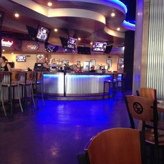 Photo taken at Toby Keith's I Love This Bar & Grill by Cartucho C. on 1/19/2013