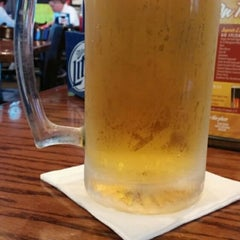 Photo taken at Tewbeleaux's Sports Bar & Grill by Trisha T. on 10/22/2014