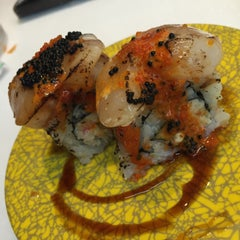 Photo taken at Sushi Roll by Babie G. on 12/21/2014
