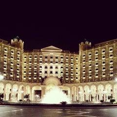 Photo taken at The Ritz-Carlton, Riyadh by Sultan A. on 5/9/2013