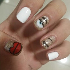 Photo taken at The Nail status by Jisun Y. on 11/13/2015