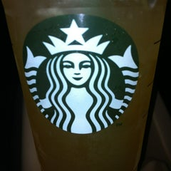 Photo taken at Starbucks by Aurora R. on 1/14/2013
