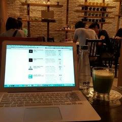 Photo taken at PH1b coffee bar by Pum B. on 5/1/2016