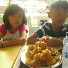 Photo taken at KFC / KFC Coffee by Zdianto G. on 2/6/2016