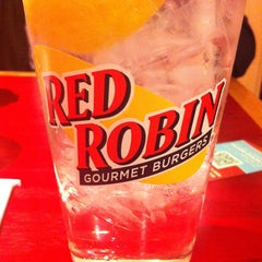 Photo taken at Red Robin Gourmet Burgers by Aaron G. on 3/10/2013