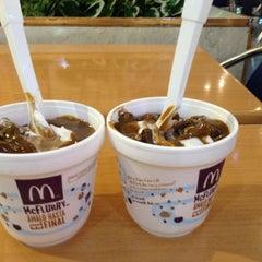 Photo taken at McDonald's by Daniela💟 B. on 4/16/2013