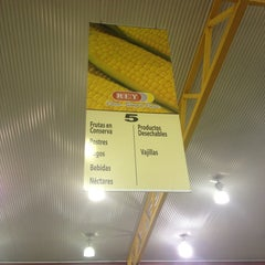 Photo taken at Supermercados Rey by Mr R. on 2/23/2013