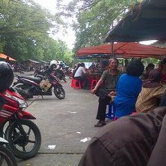 Photo taken at Pujasera Petro by Chocho I. on 1/21/2013