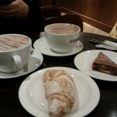 Photo taken at Costa Coffee by Gracie V. on 1/23/2013
