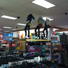 Photo taken at Kohl's by Eugenia K. on 3/12/2013