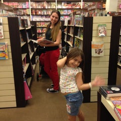 Photo taken at HARRIS Bookstore by Ümit T. on 5/5/2013