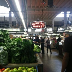 Photo taken at Sweet Auburn Curb Market by Laura H. on 12/8/2012