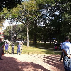 Photo taken at Praça Libanesa by Marlon d. on 5/25/2013