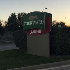 Photo taken at Courtyard by Marriott by Greg  B. on 2/3/2016