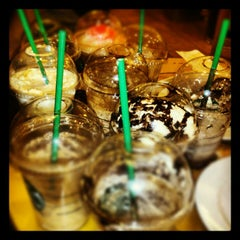 Photo taken at Starbucks Coffee by Ellalaine M. on 1/21/2013