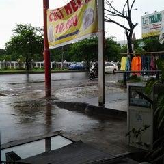 Photo taken at Perintis kemerdekaan by Rudy S. on 1/24/2013