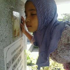 Photo taken at Makam Kembang Kuning by Shinta A. on 5/4/2013