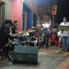 Photo taken at Bar Cantão by Edmir A. on 1/27/2013