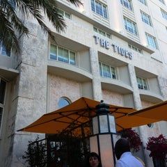 Photo taken at Tides South Beach l King & Grove by Nils H. on 4/8/2013
