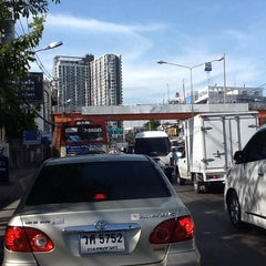 Photo taken at แยกแคราย (Khae Rai Intersection) by NUI 19 on 5/10/2013