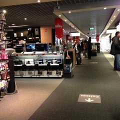 Photo taken at Fnac by Eric B. on 5/4/2013