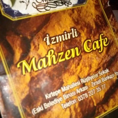 Photo taken at İzmirli Mahzen Cafe by Turgay Y. on 1/24/2013