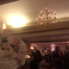 Photo taken at Springfield Golf and Country Club by Bebe L. on 1/25/2015
