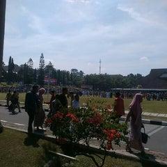 Photo taken at Institut Pemerintahan Dalam Negeri (IPDN) by Rio A. on 6/15/2015