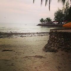 Photo taken at Kai Bae Hut Resort by Bo Bow Bowl C. on 2/24/2013
