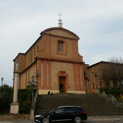 Photo taken at Chiesa Del Crocifisso by Gianluca B. on 3/29/2015