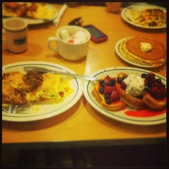 Photo taken at IHOP by Seb D. on 9/1/2013