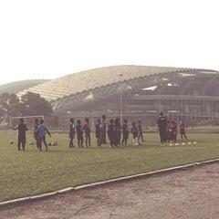 Photo taken at Stadium Mini Shah Alam by Papa Q. on 4/10/2016