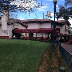 Photo taken at The Hollywood Brown Derby by Jerry B. on 3/3/2013