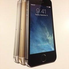 Photo taken at Verizon Wireless Corporate Headquarters by Adam T. S. on 10/15/2013