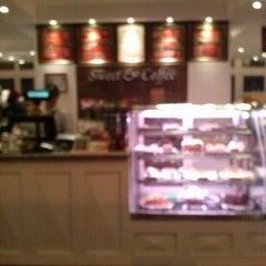 Photo taken at Sweet & Coffee by Josue D. on 1/28/2013
