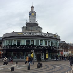 Photo taken at Queen Square Bus Station by zanna A. on 10/13/2014