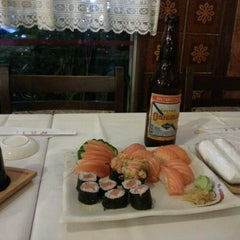 Photo taken at Kamiya Sushi & Sukiyaki by Marcelo T. on 1/29/2013