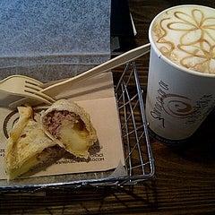 Photo taken at Pasión del Cielo Coffee by CG V. on 1/30/2013