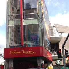 Photo taken at Madame Tussauds Hollywood by Glitterati Tours on 3/7/2013