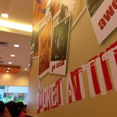 Photo taken at KFC (เคเอฟซี) by Jira A. on 4/13/2013