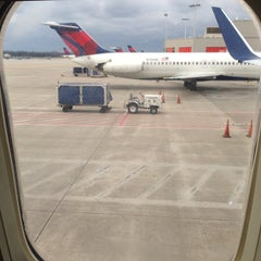 Photo taken at Concourse B by Sy O. on 3/2/2013
