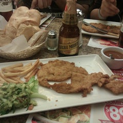 Photo taken at Vips by Perla R. on 3/20/2013