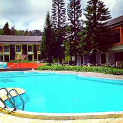 Photo taken at Mikie Holiday Resort & Hotel by Wenny C. on 5/12/2013