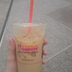 Photo taken at Dunkin' Donuts by Jacob D. on 4/21/2014