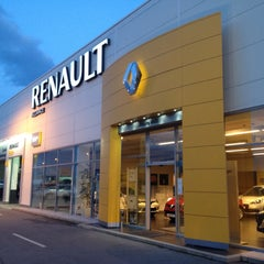 Photo taken at Renault Alliance by Marko D. on 4/15/2013